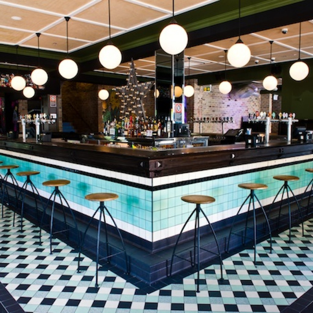 Newtown hotel sydney happy deals for King s fish house happy hour